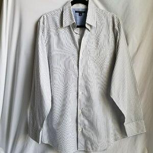 BANANA REPUBLIC button down long sleeve shirt